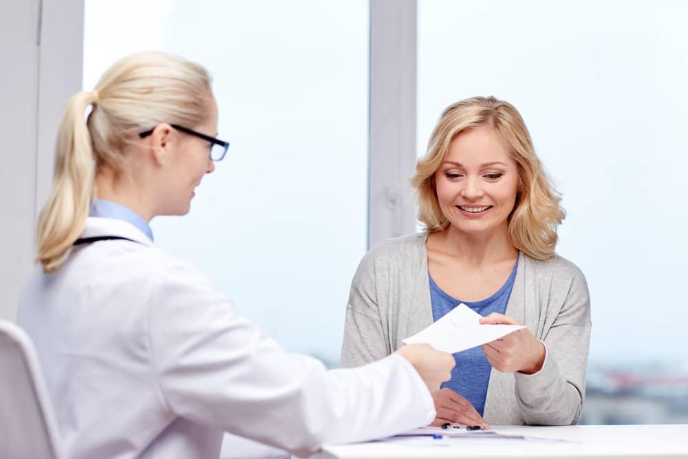 Nadie mejor que tu ginecólogo para guiarte en el proceso de la menopausia.