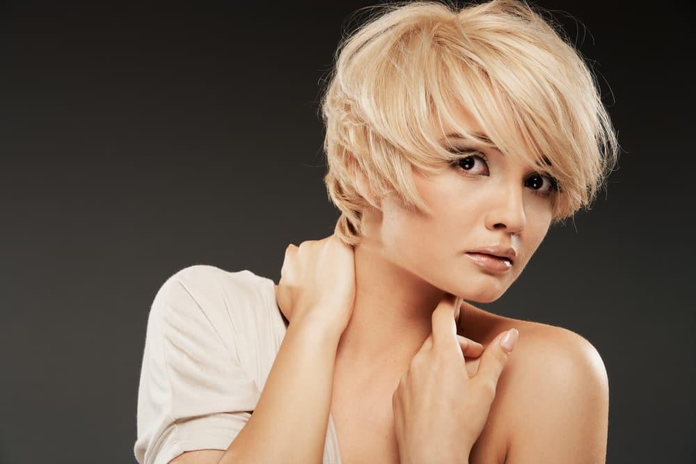 El corte estilo Pixie es uno de los cortes de pelo más llevado este verano.