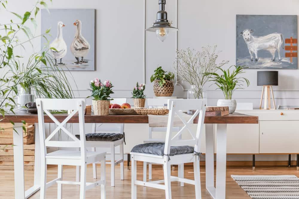 La decoración rústica puede fusionarse perfectamente con espacios contemporáneos.