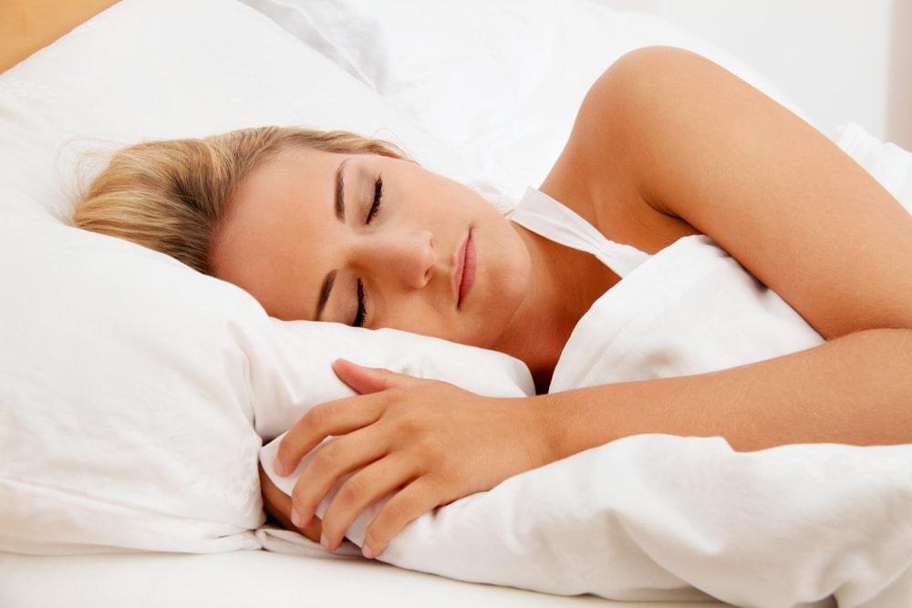 Una de las formas de tener una buena salud y un sistema inmune alto es dormir bien. Un sueño reparador es de gran importancia para el rendimiento diario.