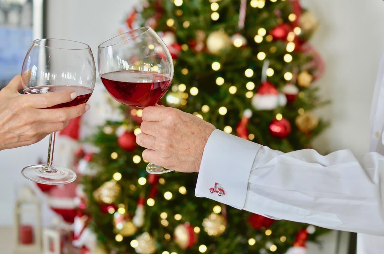 Uno de los regalos de navidad para hombres más preciados son las yuntas o mancornas.