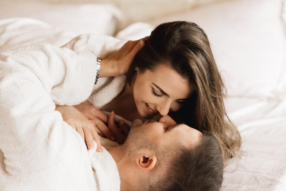 En las relaciones abiertas hay que dejar claro el objetivo. Nunca tengas una relación solo por obligación.