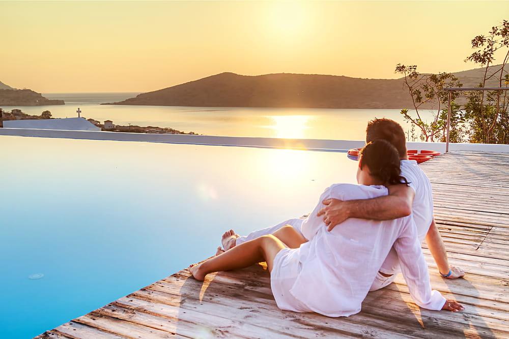 Los amores de verano son ese tipo de relaciones cortas, sin compromiso, que generan emociones increíbles de bienestar y felicidad.