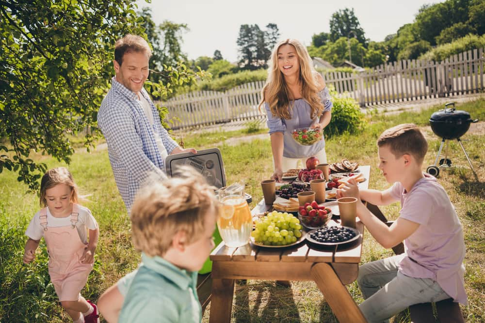 Lograr la unión familiar y una total armonía con los hijos de tu pareja es un reto que como mujer moderna, inteligente y de buenos sentimientos debes propiciar.